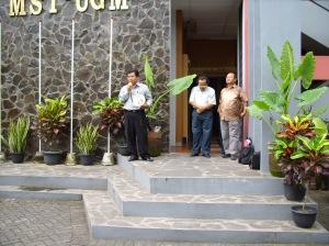 Pelepasan Studi Lapangan Mahasiswa MST '08